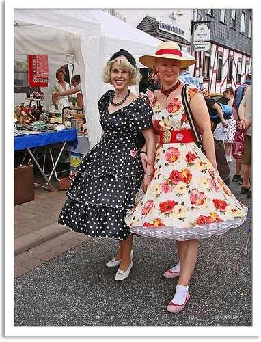 Beautiful dressesWith petticoats