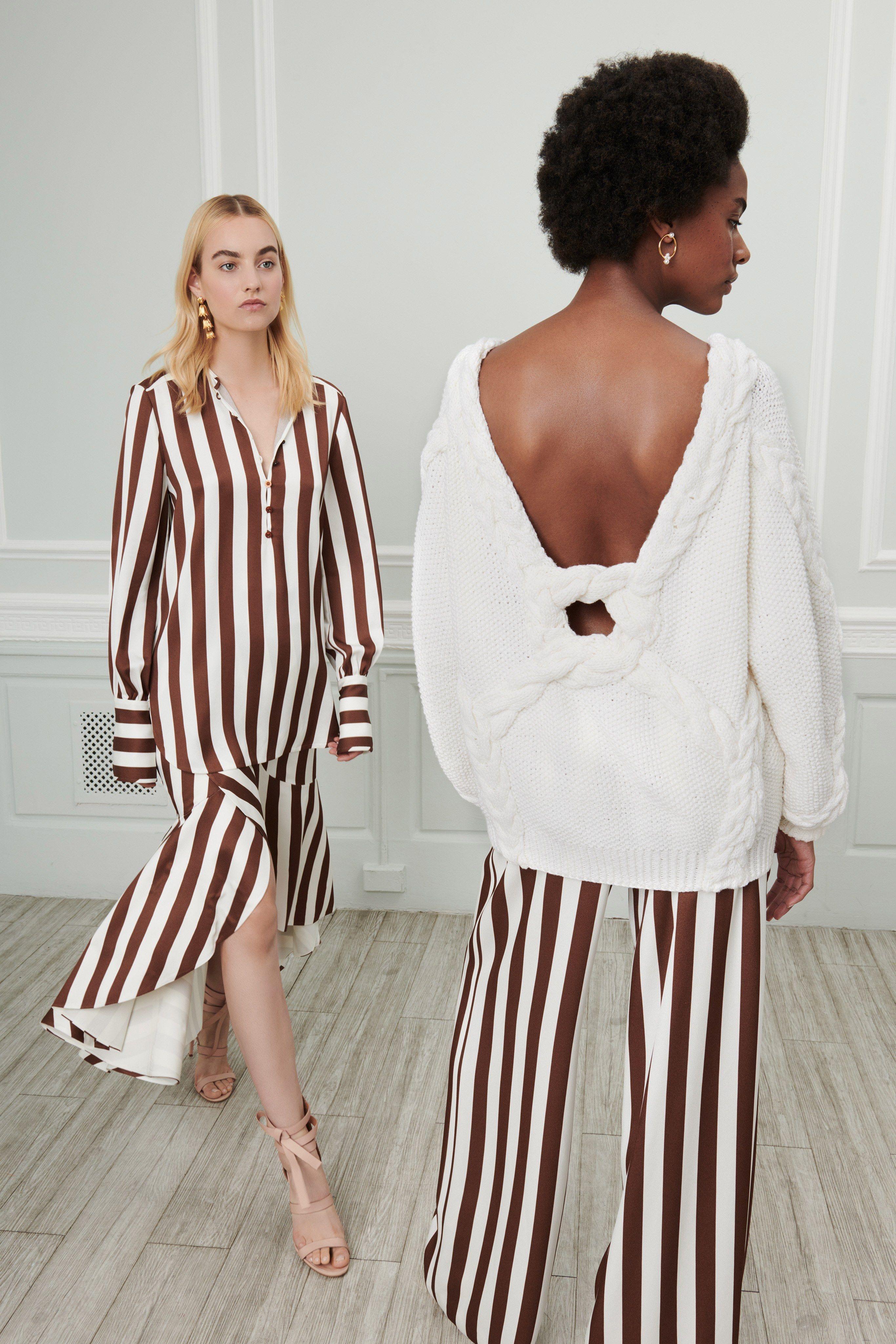 Kolye ile elbise ve kıyafetler nasıl giyilir 2019