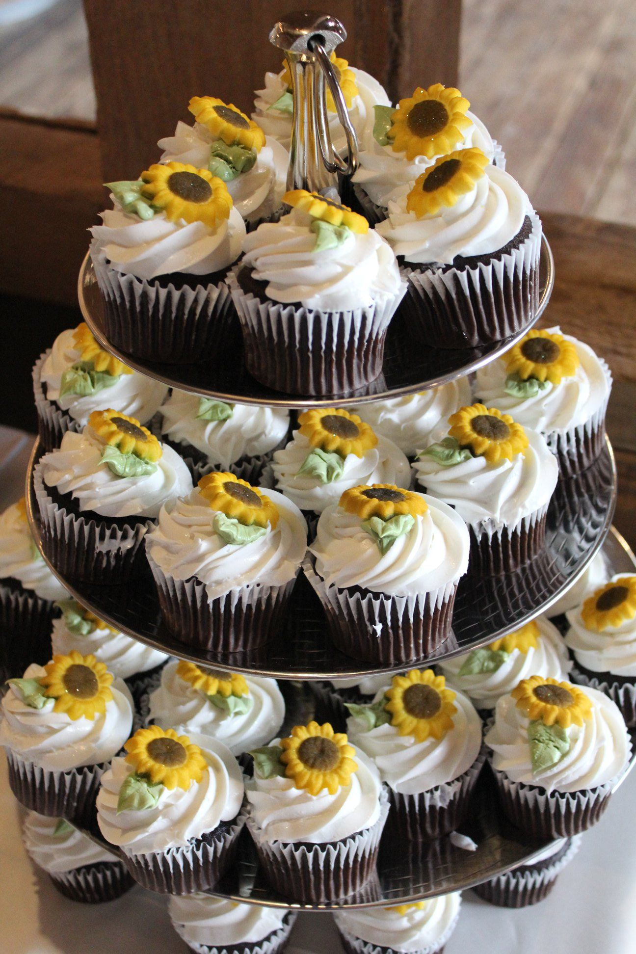 DIY Barn Wedding with Sunflowers • Binkies and Briefcases #sunflowercupcakes