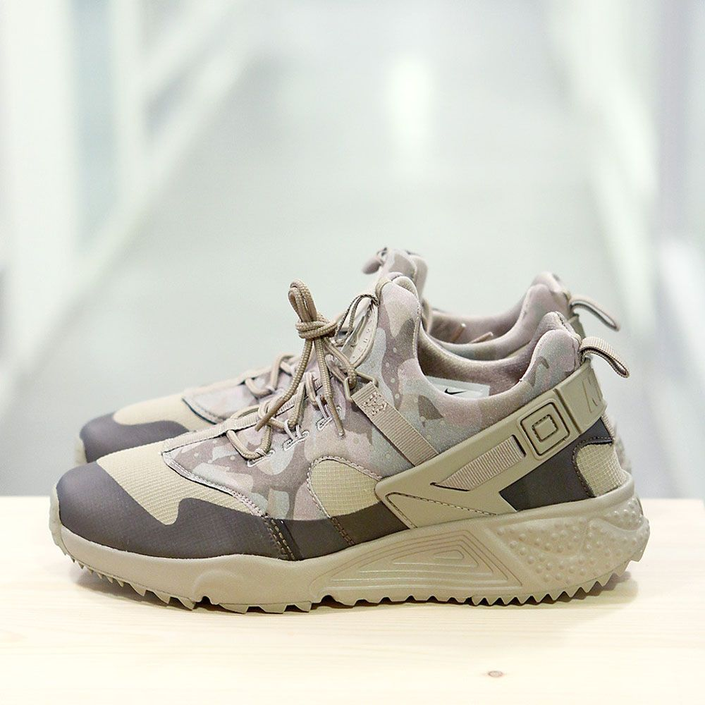 low cost c00b1 6a4f2 Another Huarache Utility sneaker, this time with khaki camo uppers. Very  military-esque.  nike  sneakers