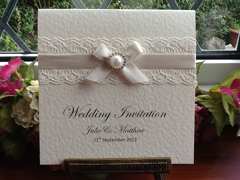 e0012 ivory lace square wedding invitation pearl diamante. Black Bedroom Furniture Sets. Home Design Ideas