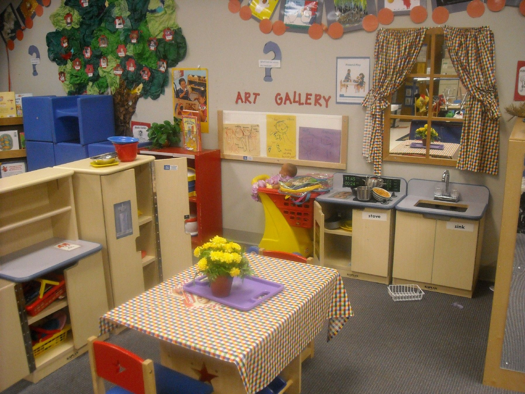 Best paint colors for preschool classrooms - Find This Pin And More On Garderie Natural Environment Kids Playing Room Decoration In Kindergarten Classroom Design Ideas