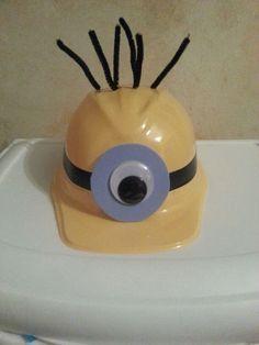 72b4fd6f minion goggles - construction hat | Halloween | Minion halloween ...
