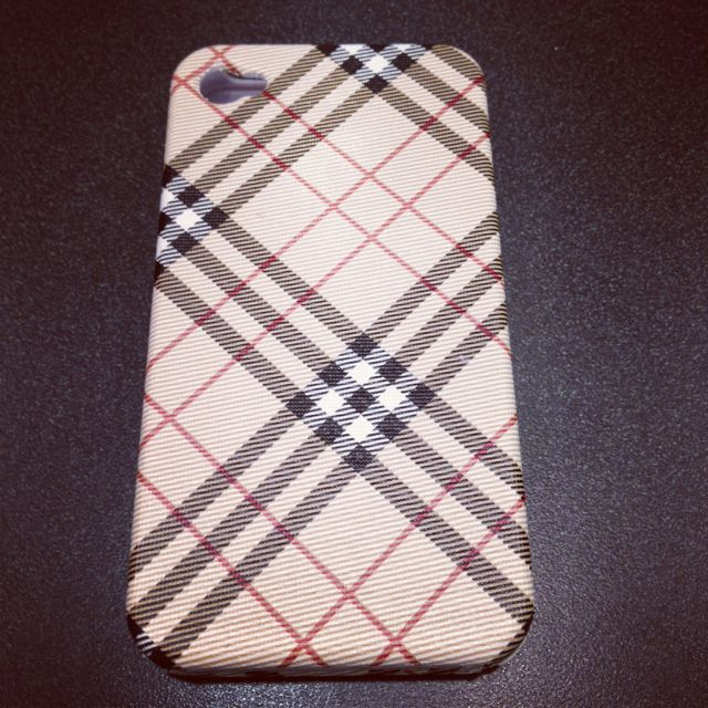 Burberry 4s iPhone cover