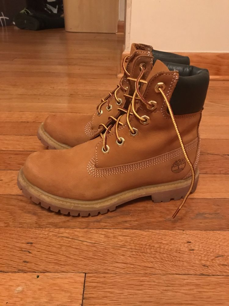 TIMBERLAND Womens 9 Tan Nubuck Leather 6 Inch Premium