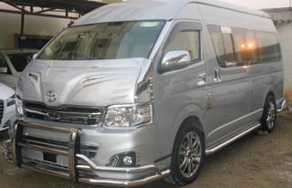 toyota commuter hire bangalore Luxury cars audi, Luxury