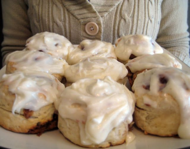 Snow Days Cinnamon Rolls - Saffron Avenue