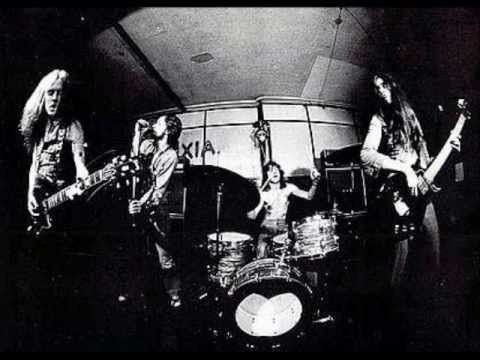Budgie & Judas Priest - Running from My Soul (rare live 1974)
