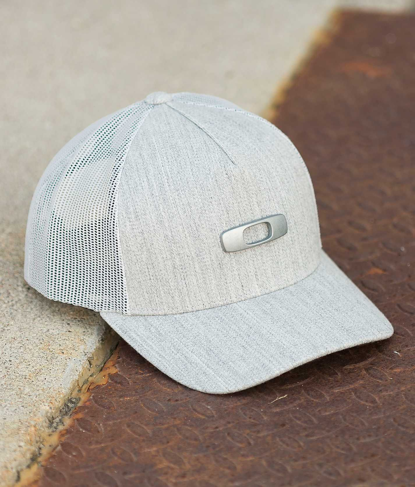 c335b6e4 Oakley Halifax Trucker Hat - Men's Hats | Buckle | Stuff I Like ...