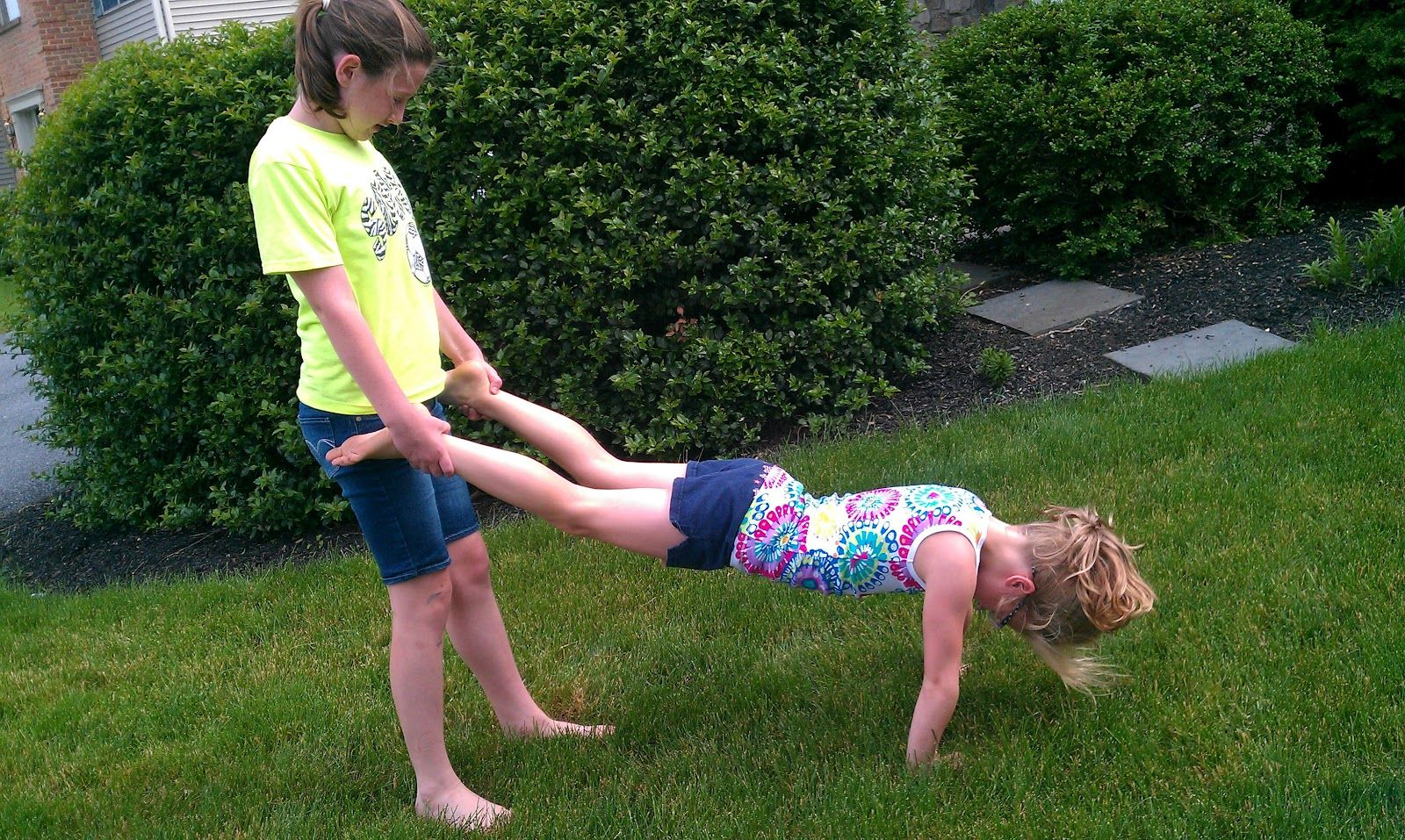 Wheelbarrow races!  -  Pinned by @PediaStaff – Please Visit http://ht.ly/63sNt for all our pediatric therapy pins