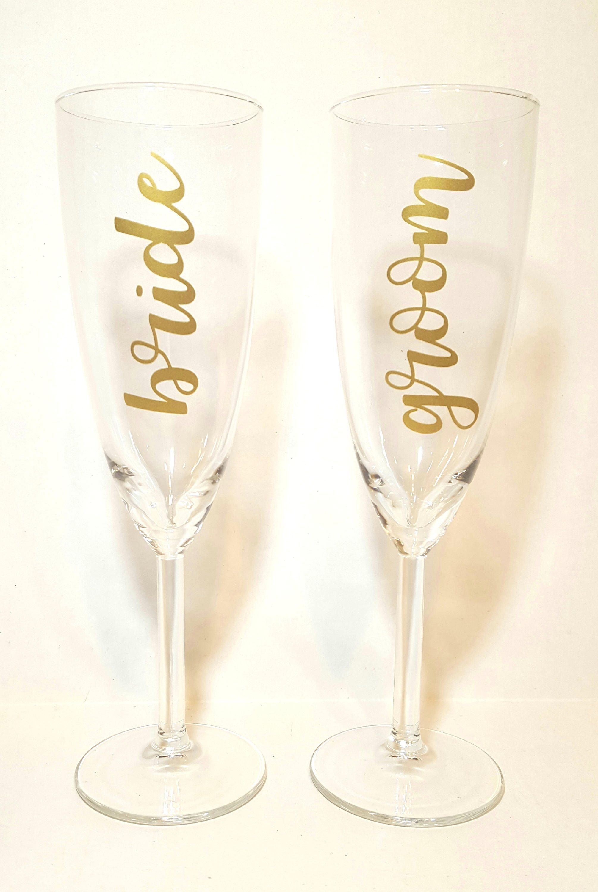 Wedding Toast Champagne Gl Bride And Groom Toasting Gles