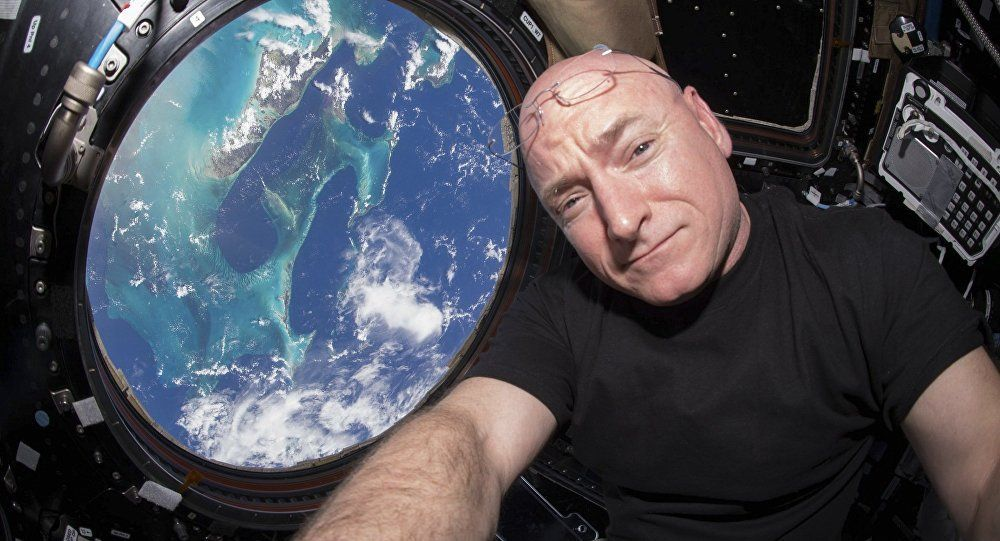 After #YearInSpace: @StationCDRKelly revisits Russian 'Star City' to meet his crew member https://t.co/GrtMmafGld