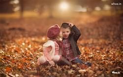 Little Cute Girl Kiss Boy Hd Love Wallpaperlittle Couple Wallpaper