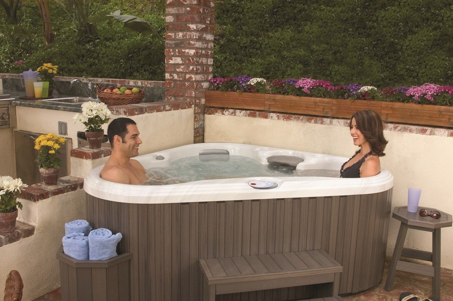 As the largest spa manufacturer in the world sundance