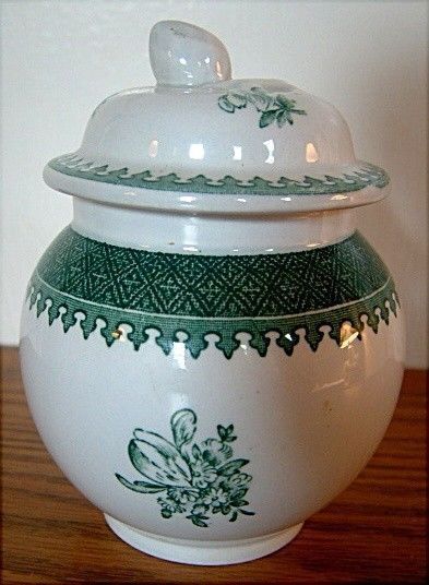 Wedgwood MOUNT VERNON GREEN Mini Sugar Bowl with Lid GREAT CONDITION #WEDGWOOD