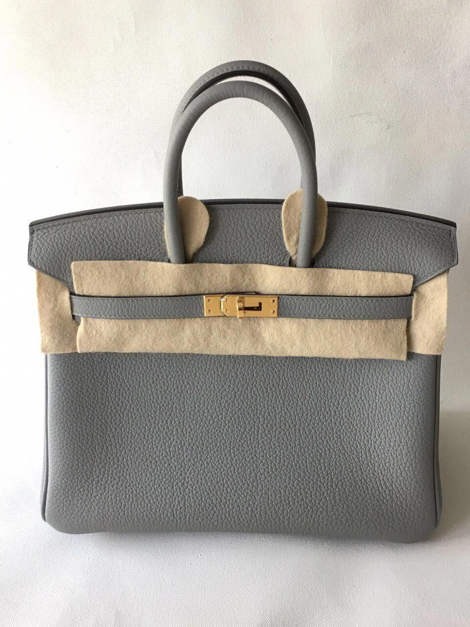 a050799132 Hermès Birkin 25 Gris Mouette Togo Gold Hardware GHW X Stamp 2016   thefrenchhunter  hermes  birkin  birkin25  birkinghw  grismouette   birkingrismouette ...