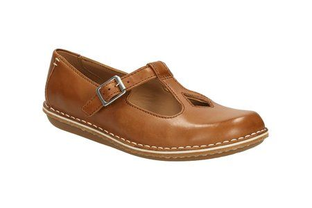 clarks womens casual clarks tustin talent leather shoes in