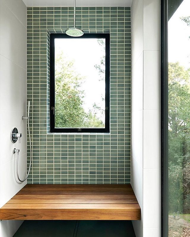 Inspiration From Tilemakestheroom Perfect For This Sunny Day In Sf Design Cary Bernstein Architect Alfred Yang Salle De Bain Fenetres Noires Sdb
