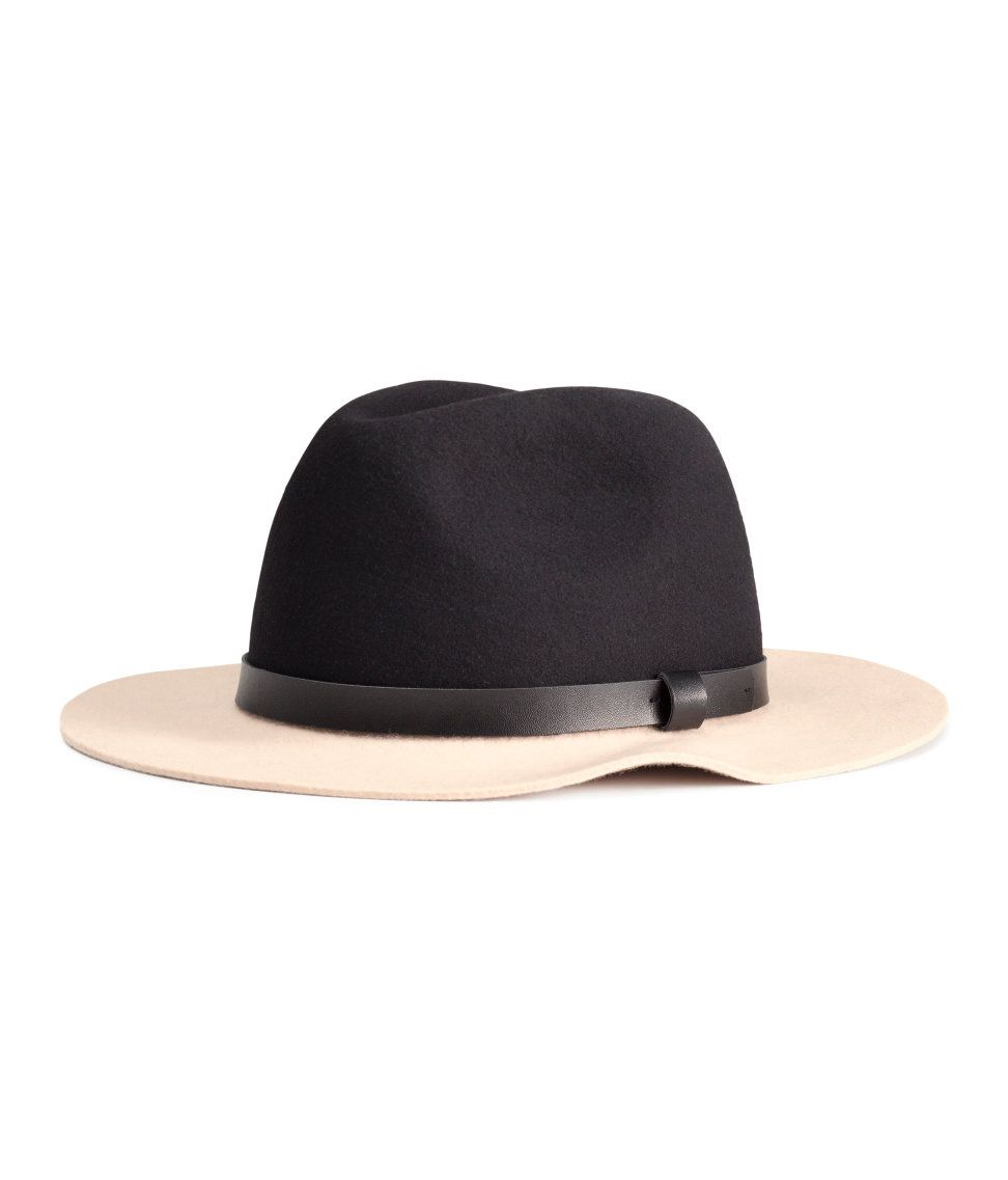 3fa70c453 Black & beige colorblocked hat in premium-quality felted wool.   H&M ...