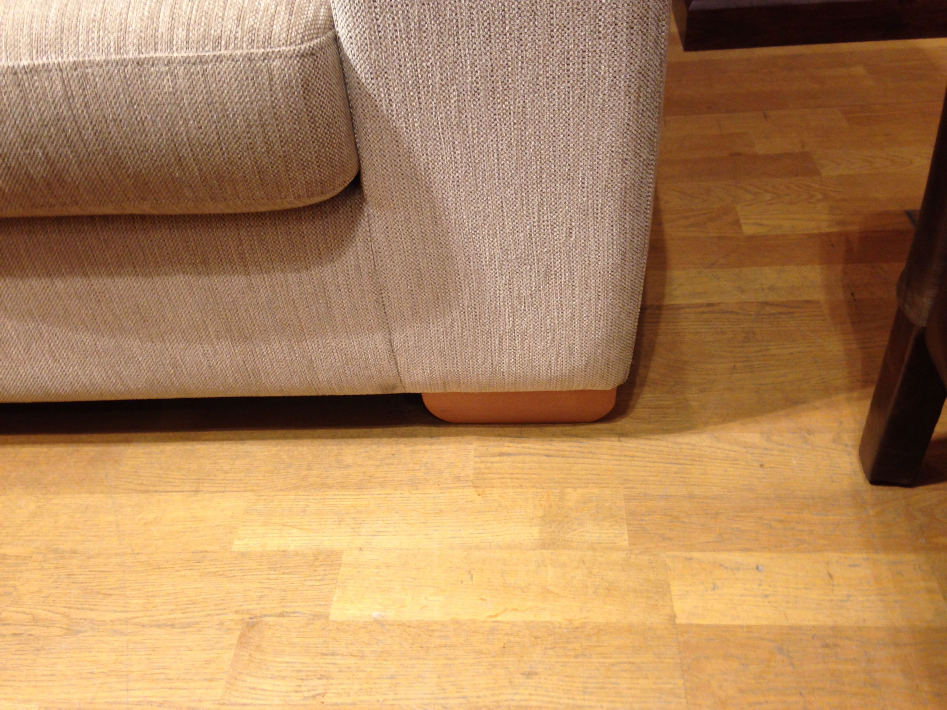 The feet on the Felix sofa chaise that S likes