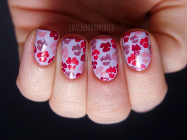 Lover\'s Kisses | Kiss, Kiss nails and Chalkboard nails