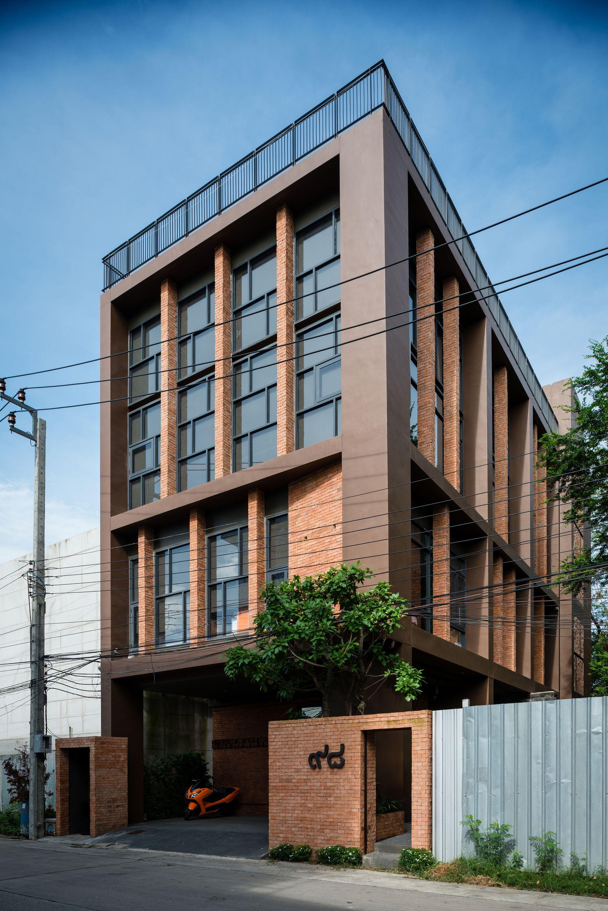 Office Rama IX / Gooseberry Design Office building