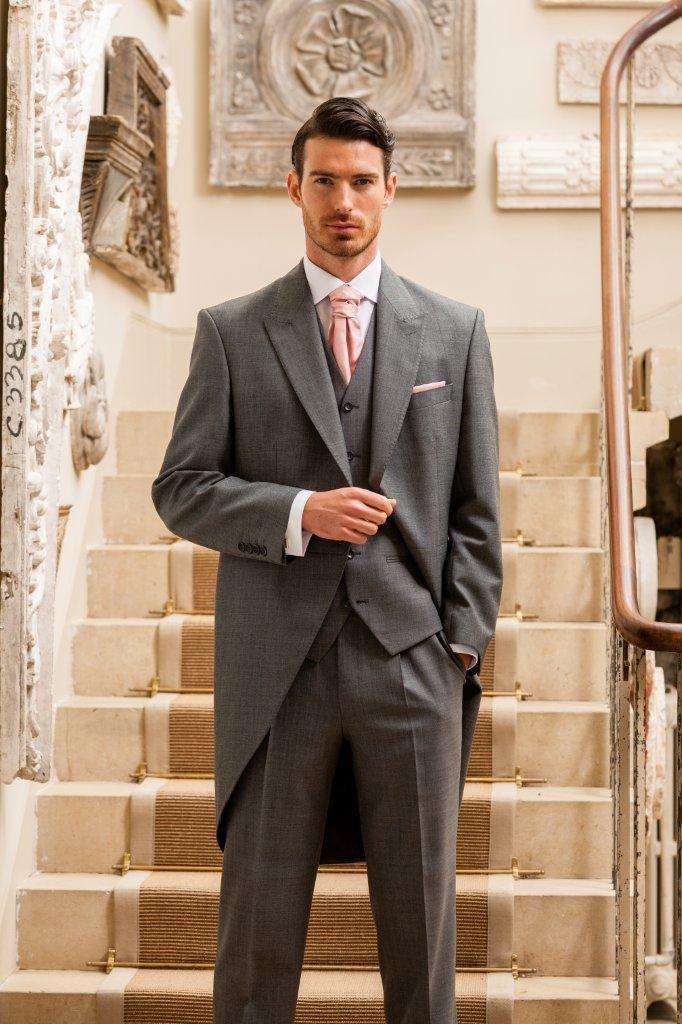 Mid-Grey-Tailcoat.jpg (682×1024) | Stylin\' | Pinterest