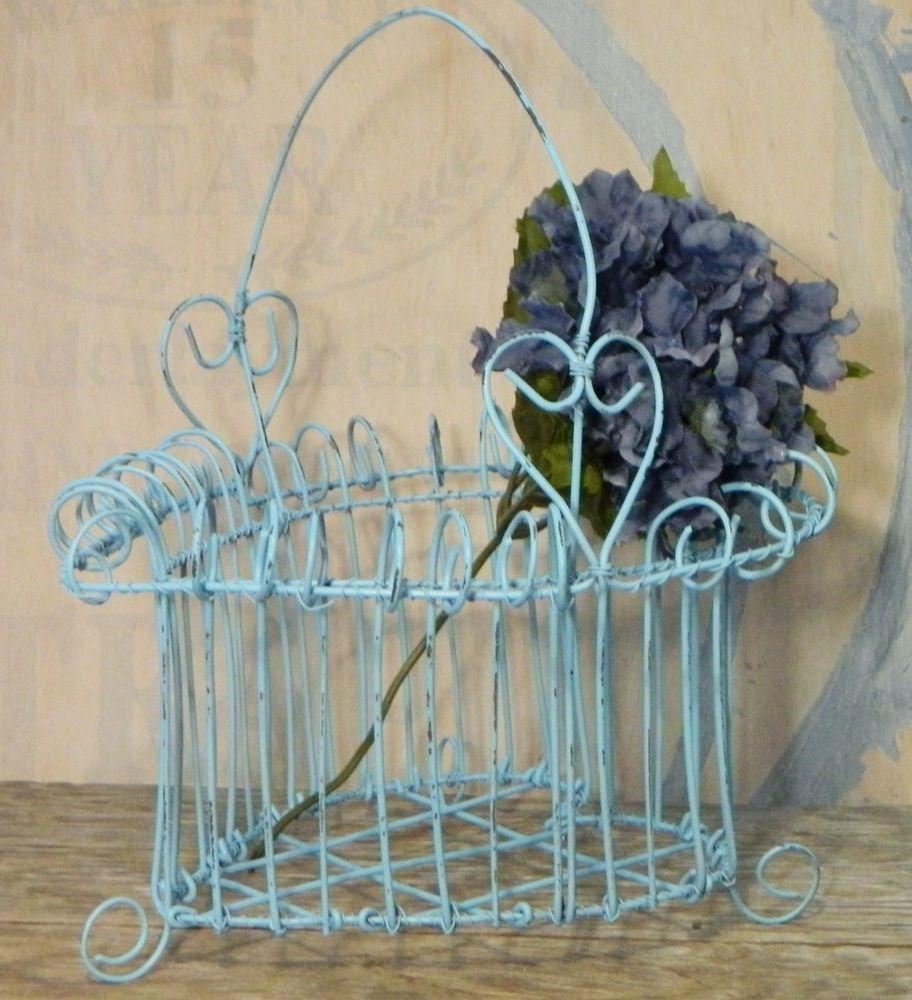 Heart Wire Basket Primitive - WIRE Center •