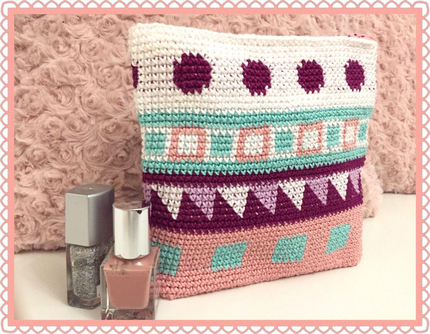Heute zeige ich Euch meine Häkeltasche im Tapestry-Style. Ich habe ...