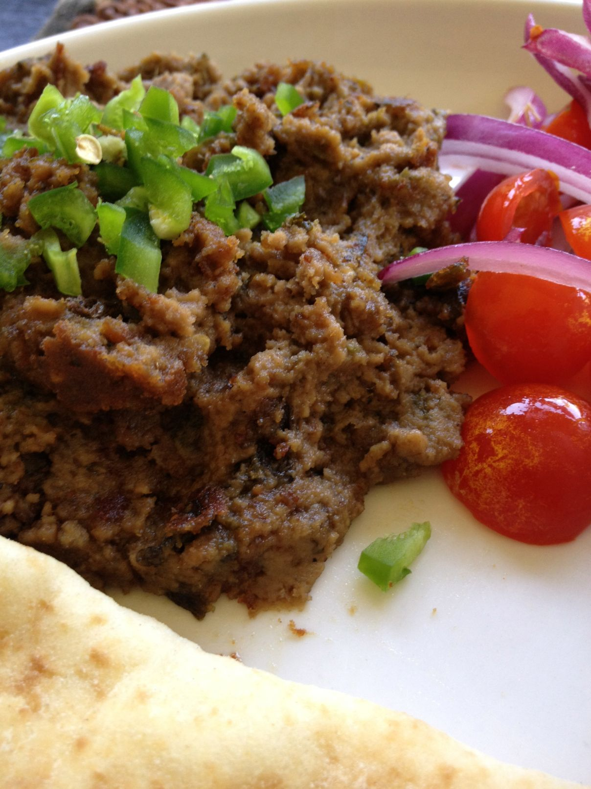 """Mouth watering, tender minced beef with hot naan. The smoky flavor comes from giving the cooked beef """"dum"""". Thanks Zaidi! This one is a keeper! Bihari dum Qeema 2.5 pounds of minced bee…"""