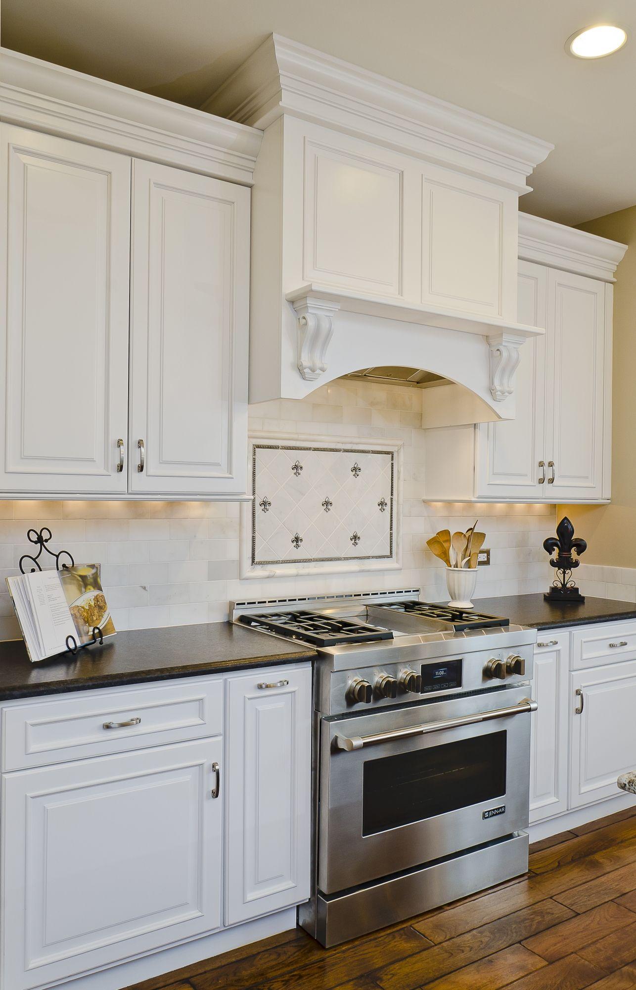 Luxury Lyfe Kitchen Festooning - Kitchen Cabinets | Ideas ...