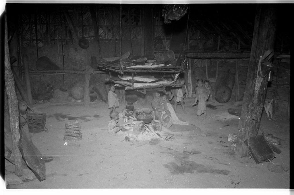 Inside a Wancho Naga house | par SOAS Digital Library