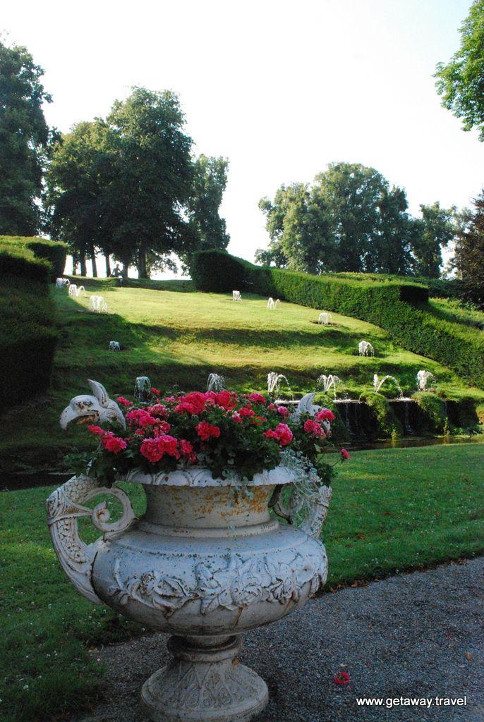 Jardins d'Annevoie 250 year old Gardens at Castle