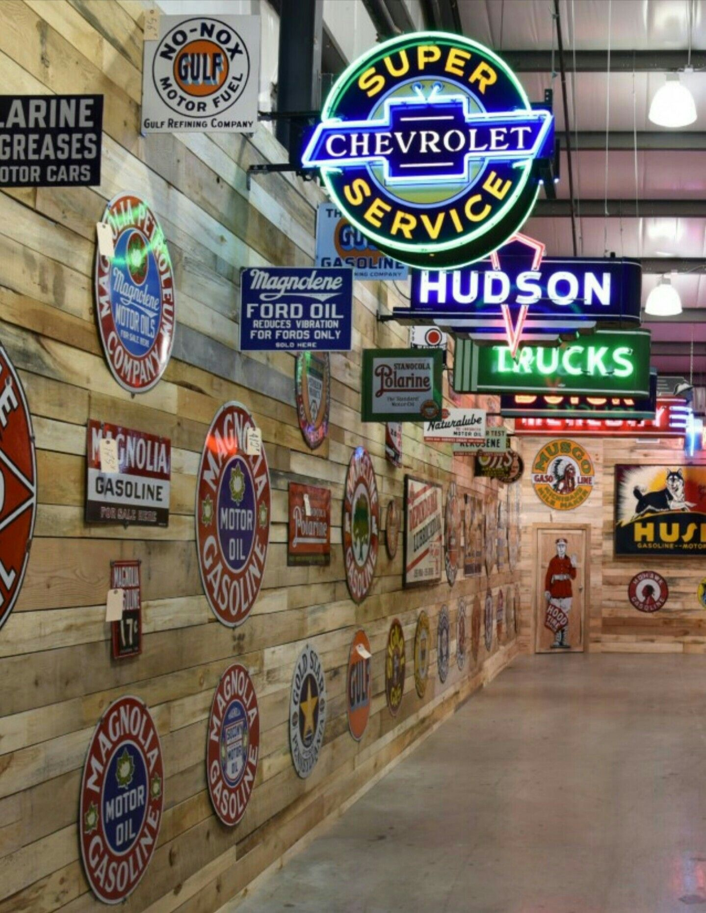 Garage Art Neon Signs Rare Original Porcelain And Neon Signs Porcelain And Tin