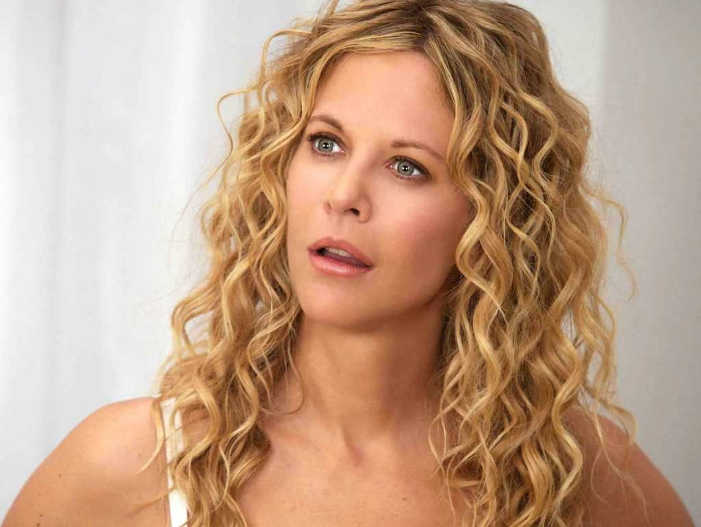 Meg Ryan The Women 001 Medium Hair Styles Long Curly Hair Permed Hairstyles