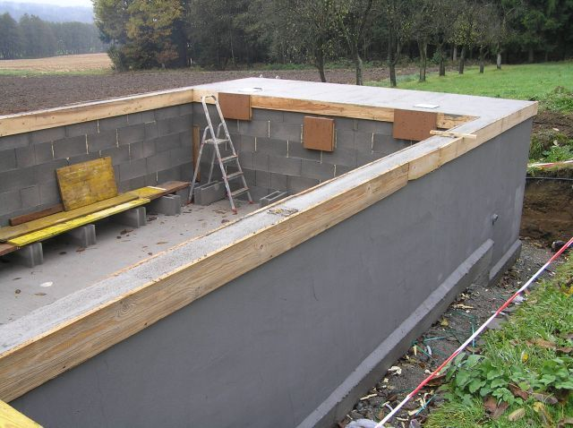Examine closely and seal the inground pool from the for Concrete swimming pool construction