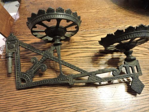 VINTAGE-Cast-Iron-Double-Wall-Mount-Plant-Stand