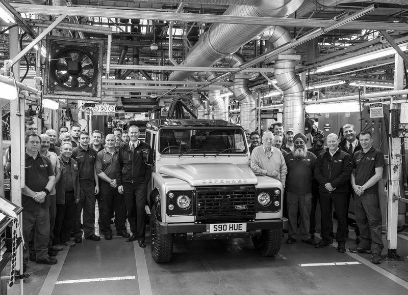 Dernier Land Rover Defender produit - 550000 euros aux enchères - 16/12/2015