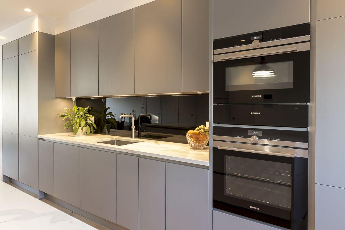 Leicht Kitchen Hampton Tw12