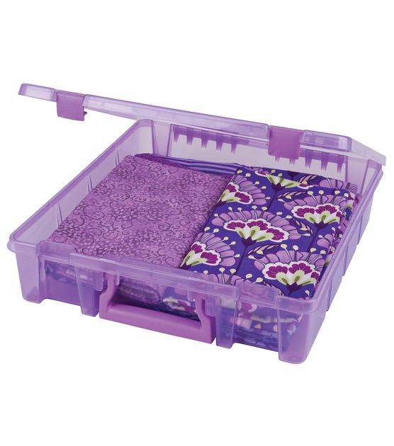 Purple Crafts//Scrapbook Organizer