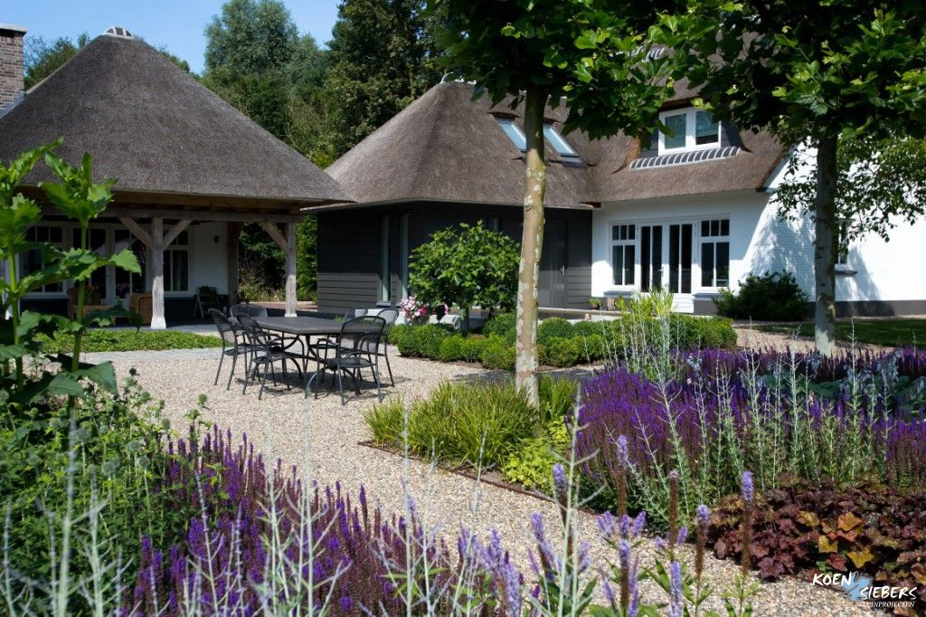 Landelijke achtertuin tuin ontwerp boerderijtuin