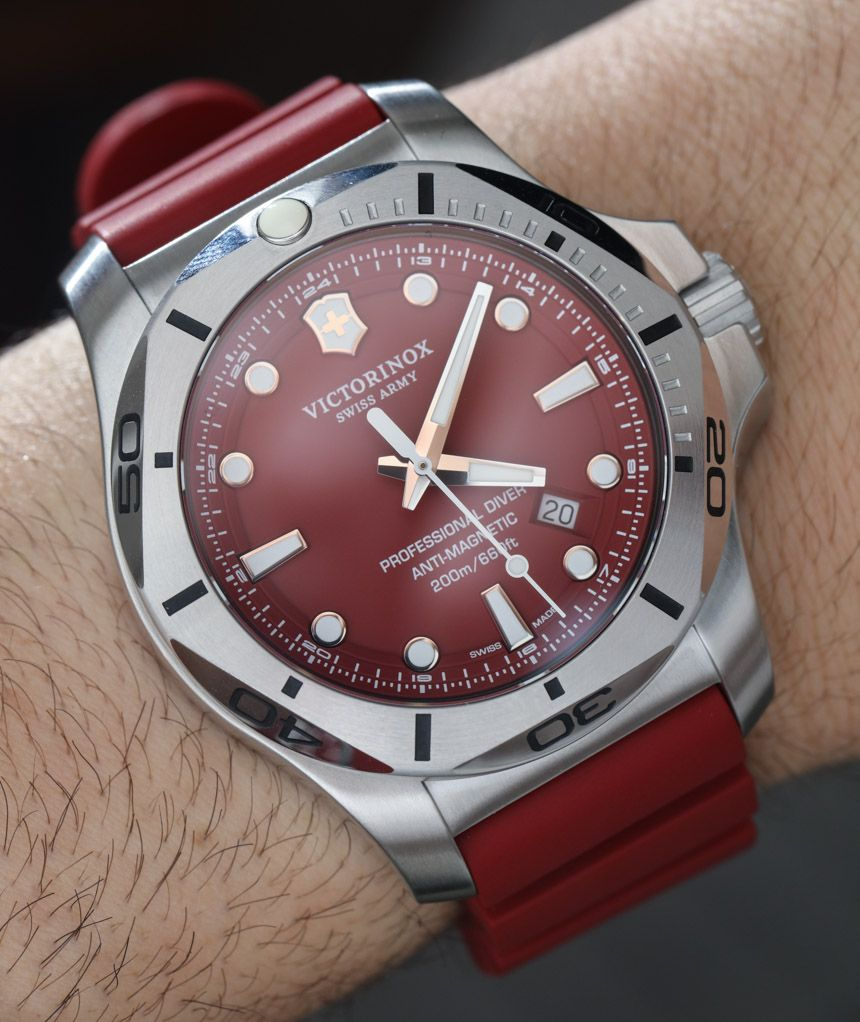 Victorinox Swiss Army Inox Professional Diver Watch Hands On