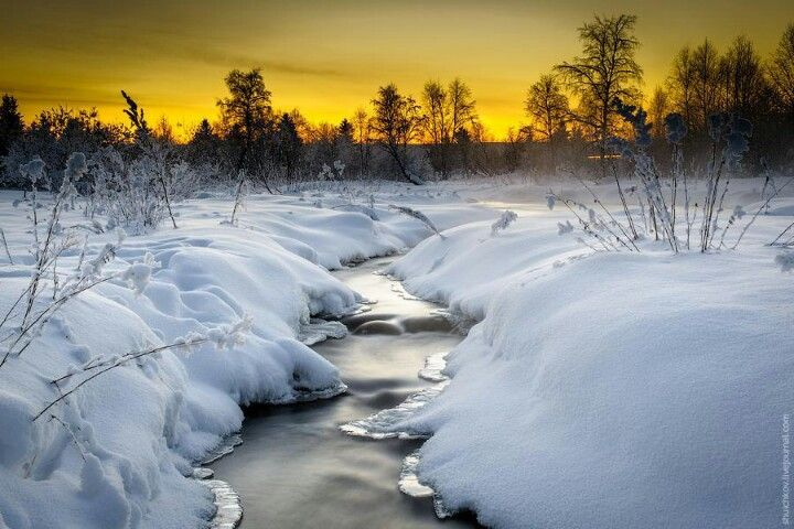 Le Ruisseau Beautiful Landscapes Snowy Pictures Beautiful Nature