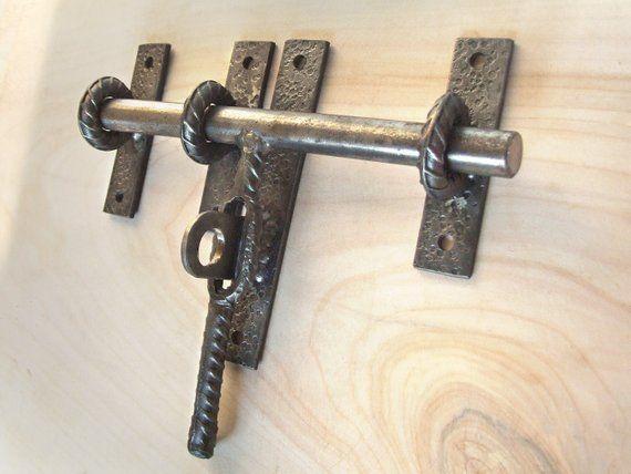 Industrial Barn Door Latch For Craft Supplies Rustic Steel Etsy Herrajes Para Puertas Puertas De Establo Puertas De Metal