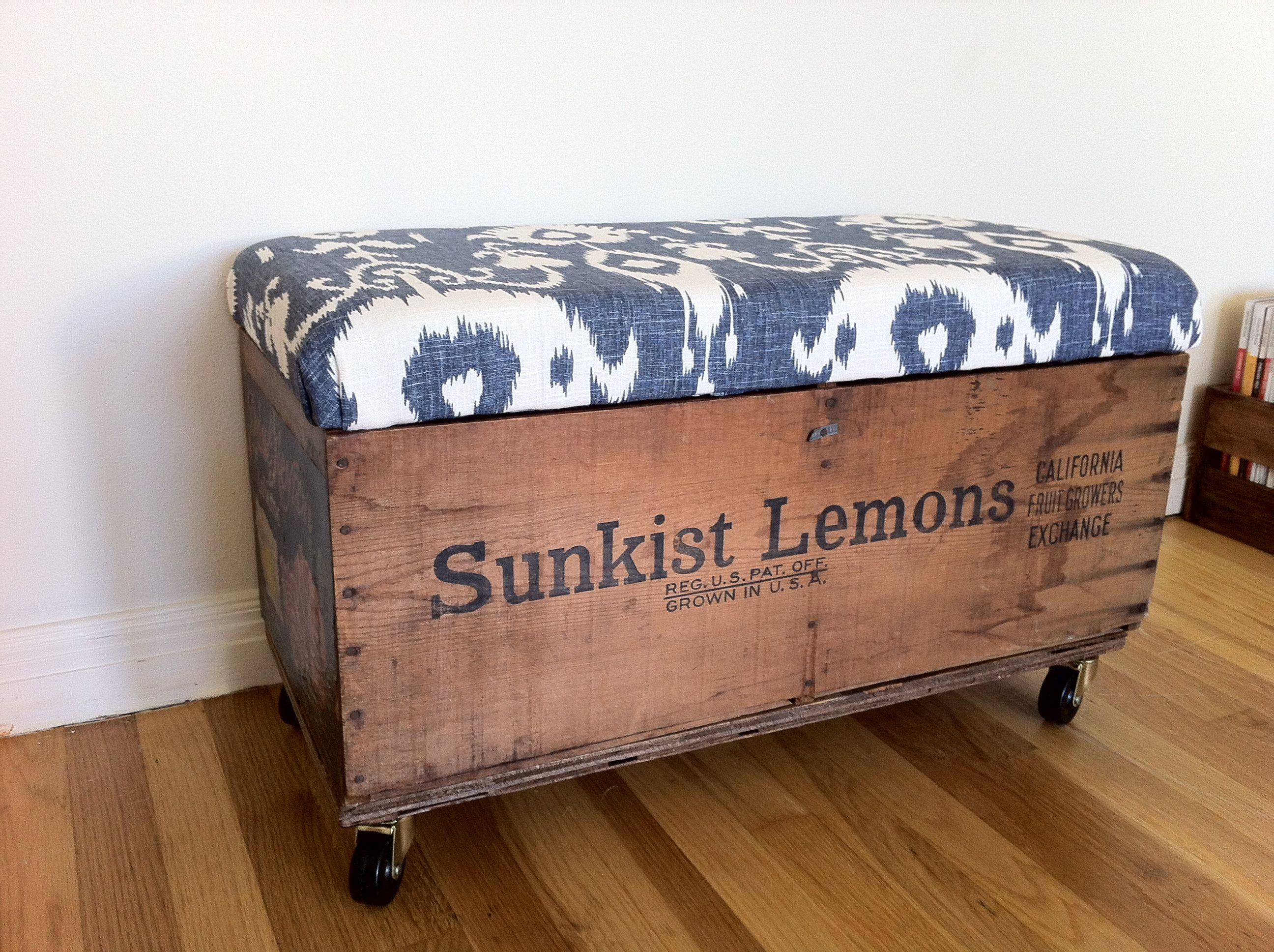 Sunkist wooden crate my favorite new bench create for Wood crate bench