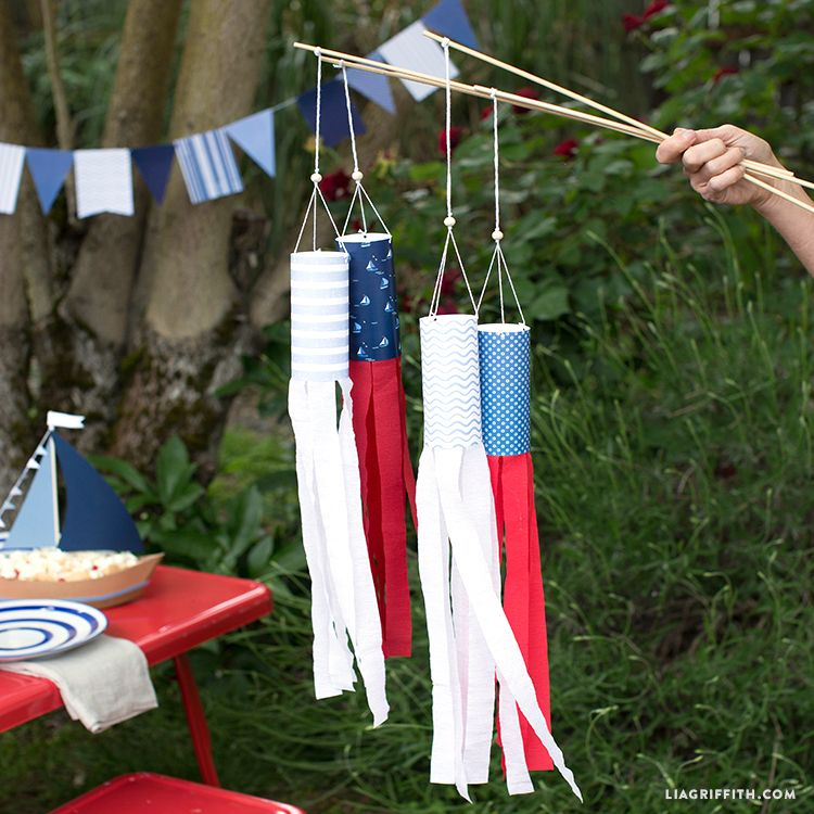 Diy Projects For Kids Make These Patriotic Crepe Paper Windsocks Labor Day Crafts American Flag Crafts Diy Projects For Kids