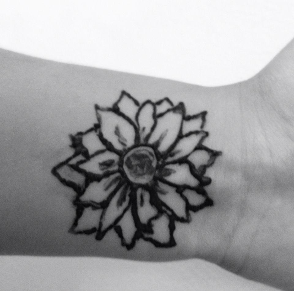 Simple Henna Sunflower Wrist Easy Tattoo Tattoos Pinterest