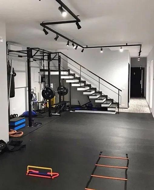 20 Extraordinary Basement Home Gym Design Ideas 1 In 2020 Home Gym Decor Gym Room At Home Home Gym Basement