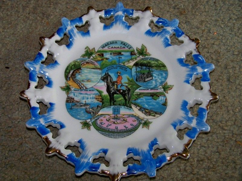 Vintage Collecters Plate Nigara Falls Canada Plates