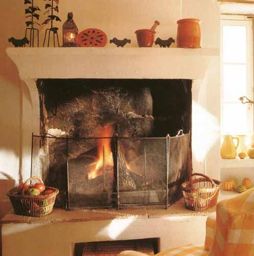 Reisinger Exclusive Kamine · Landhaus Kamine Kamin dekorieren - moderne luxus kamine